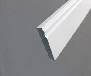 Plinthe stylisée en papier décor blanc